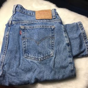 Vintage Levi 550 Relaxed Fit Tapered Leg Mom Jeans